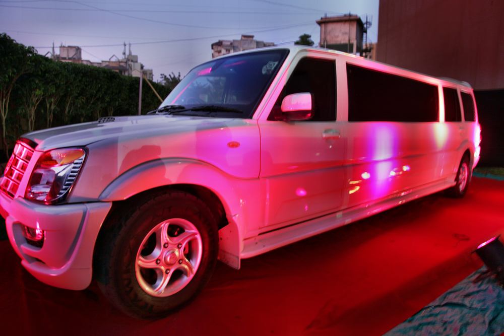 Limousine Mumbai Limo Mumbai Limousine Car Hire In Mumbai India